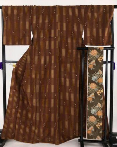 洗える着物_10800円_紬 茶色 半幅帯セット 縦縞 洗える カジュアル 化繊 袷 Lサイズ