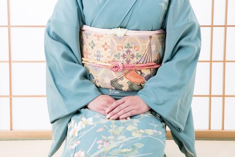 色留袖と訪問着って何が違うの?間違われやすい着物の特質をご紹介